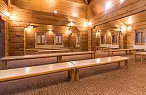 大休憩室(最大150名様収容可能)